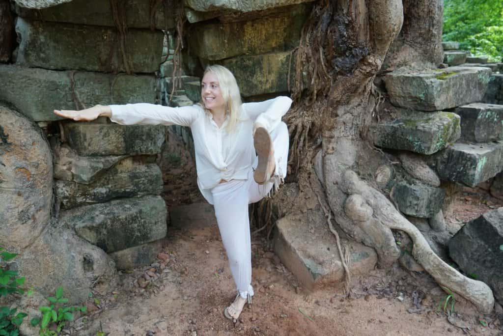 Angkor Wat Tree Roots Angkor Wat Tomb Raider Cambodia Yoga Photo: Angkor Wat Tour Guide 4