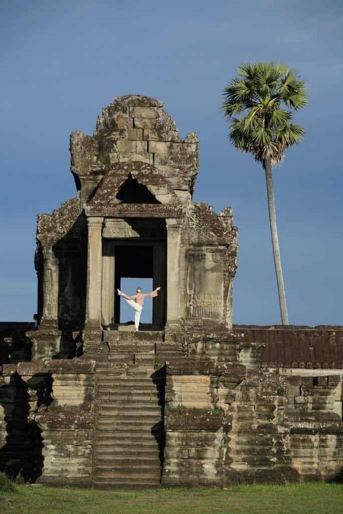 Angkor Wat Temples Cambodia Yoga Photo: Angkor Wat Tour Guide 2