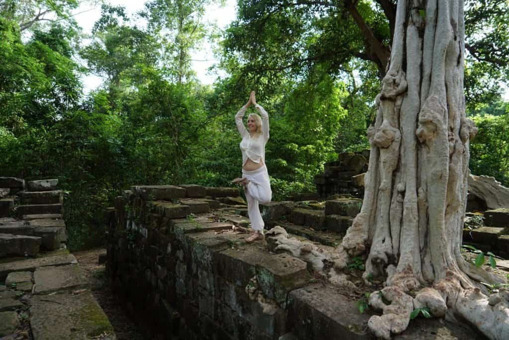 Cambodia Yoga Photo: Angkor Wat Tour Guide 10
