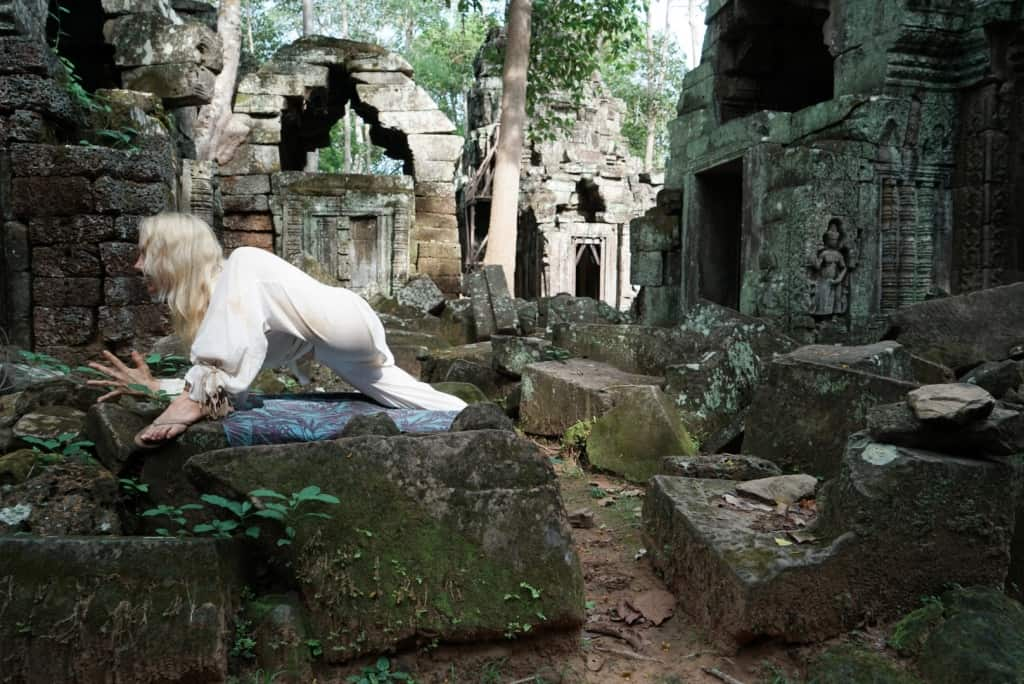 Angkor Wat Lizard Yoga Cambodia Yoga Photo: Angkor Wat Tour Guide 4